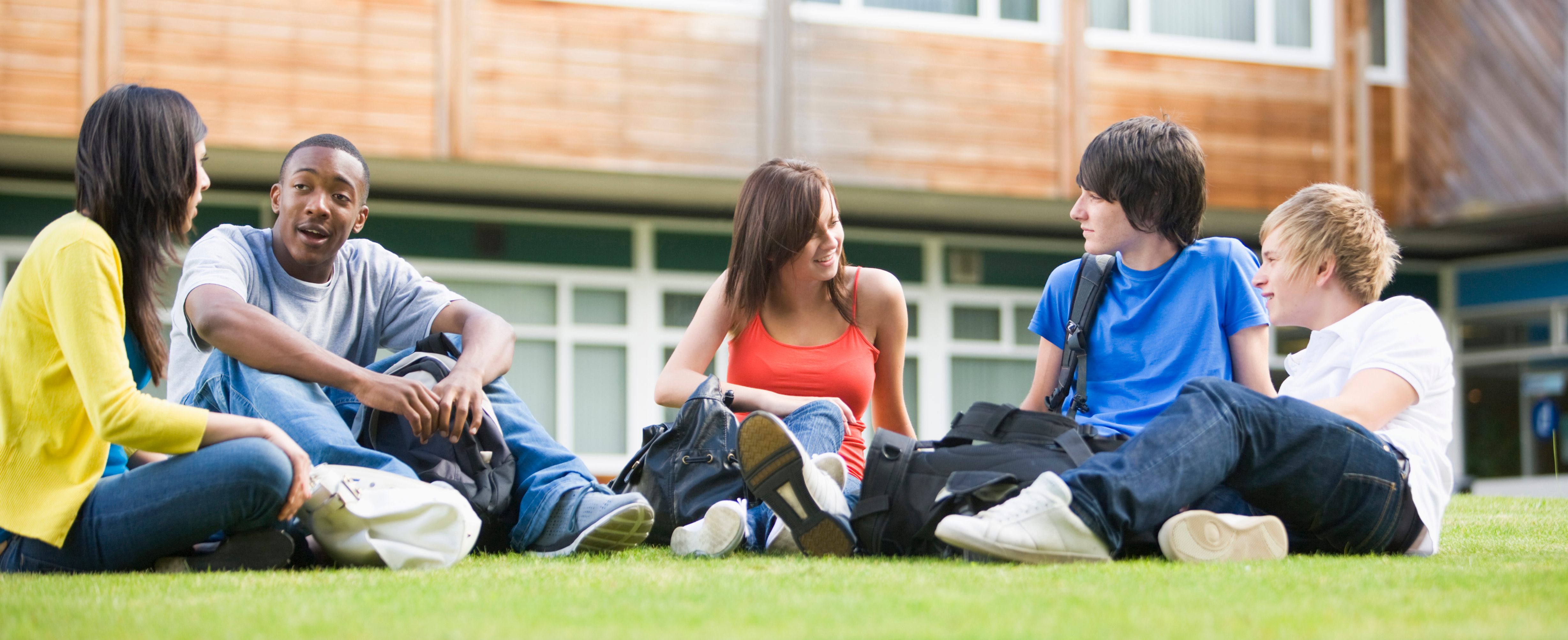 Students_sitting_in_college_-_cropped.png